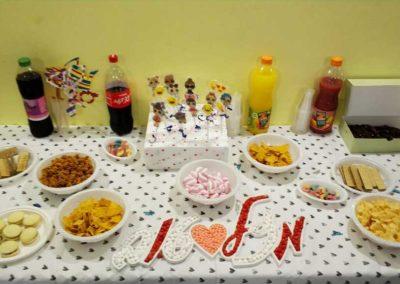 מסיבת יום הולדת לילדה בג'וב היווני